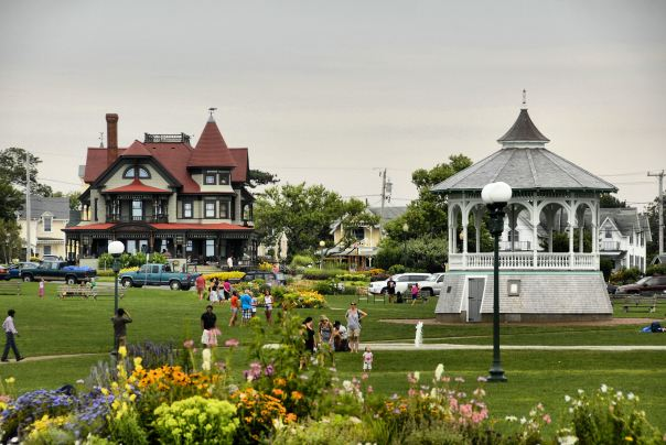 Oak Bluffs Park 2