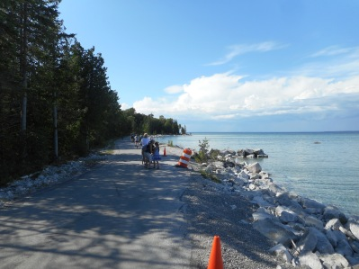 M-185, the carless road that rings around Mackinac Island